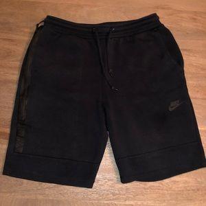 Nike tech fleece shorts - medium - black